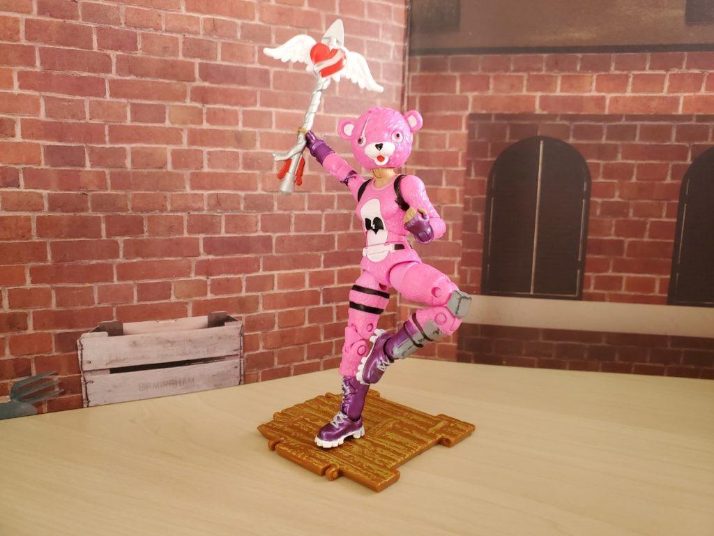 フォートナイト_ピンクのクマちゃんポーズ