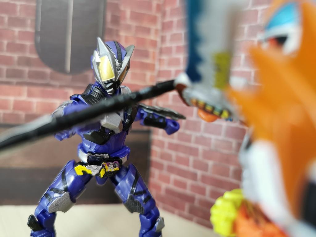 仮面ライダー滅武器1
