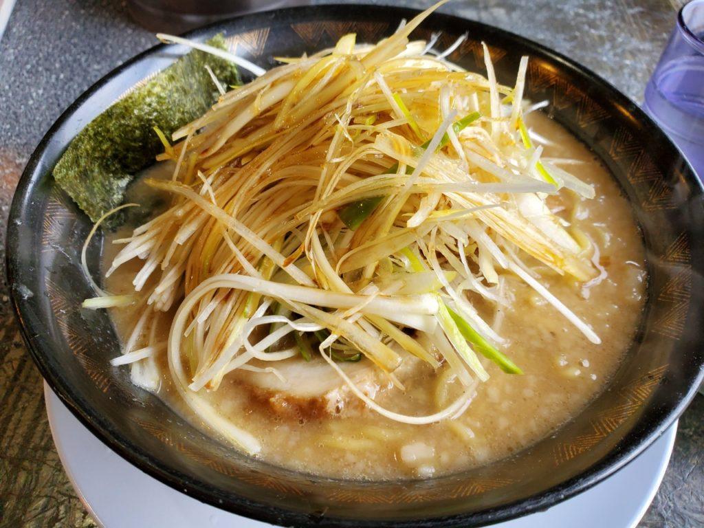 八戸の麺山のラーメン