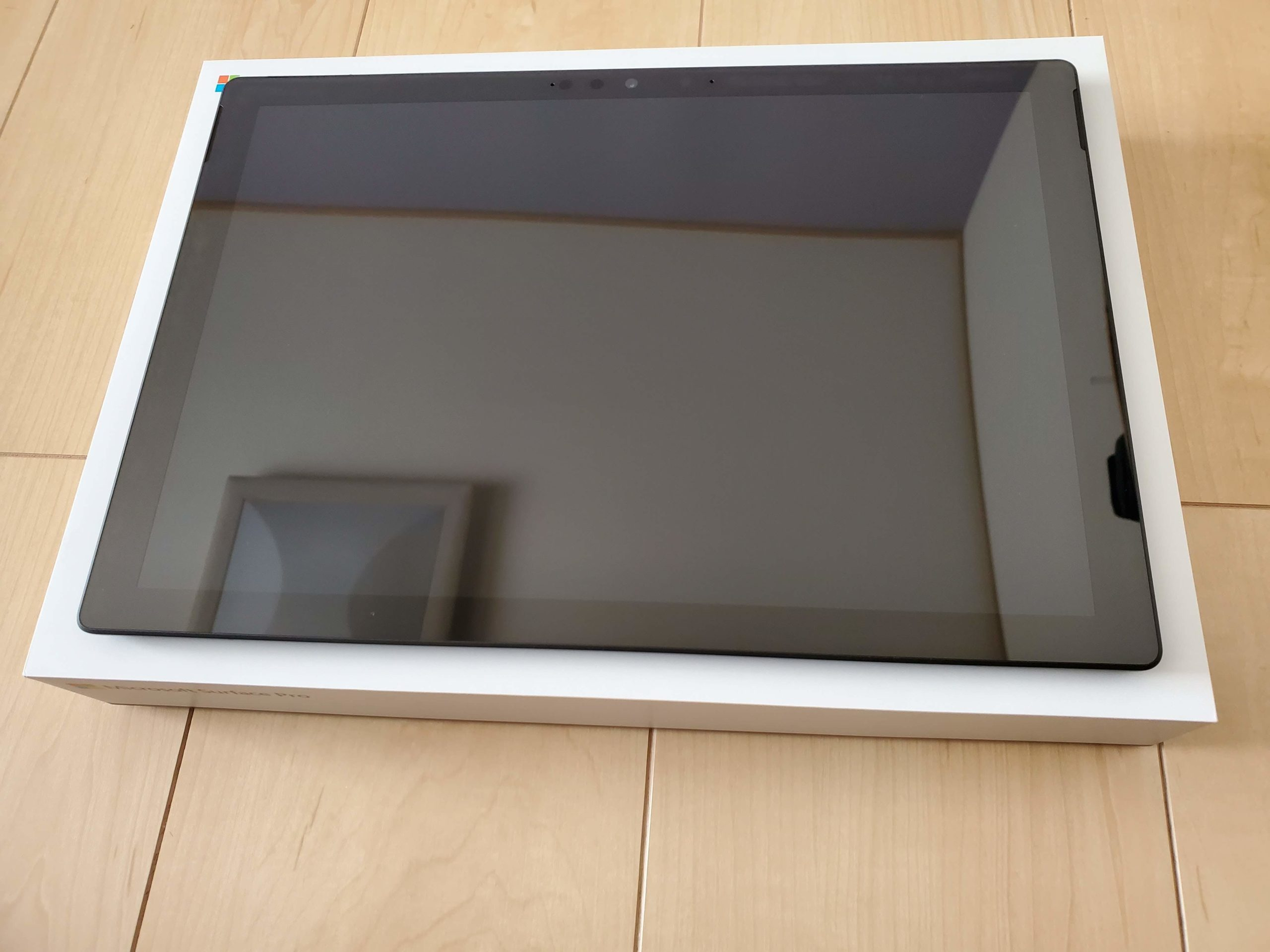 Surface Pro7本体