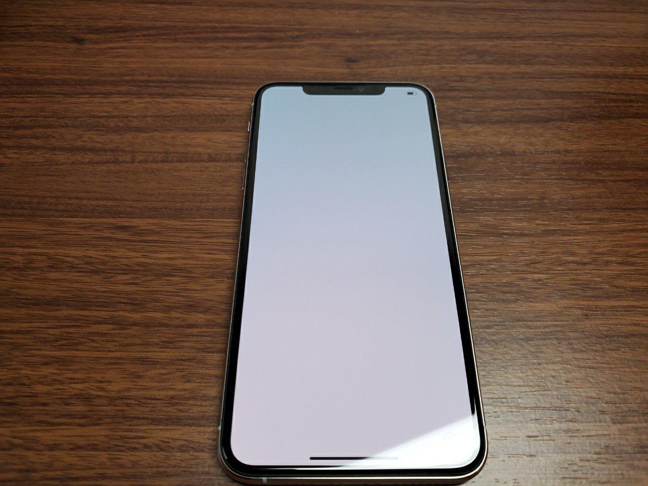 iPhone 11 Pro Max前面