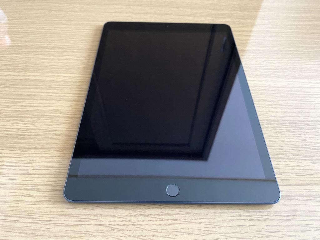 iPad本体前面
