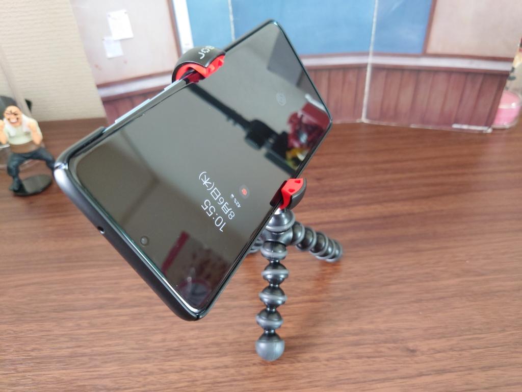 MPod Mini Standスマホ接続1