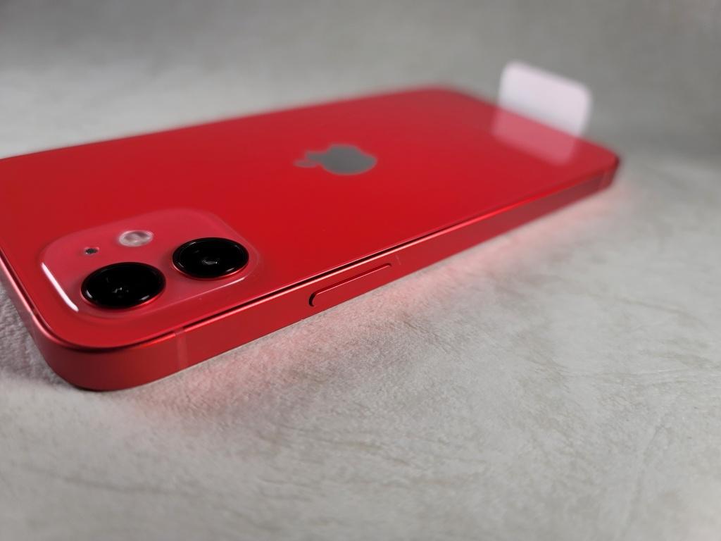 iPhone 12電源ボタン