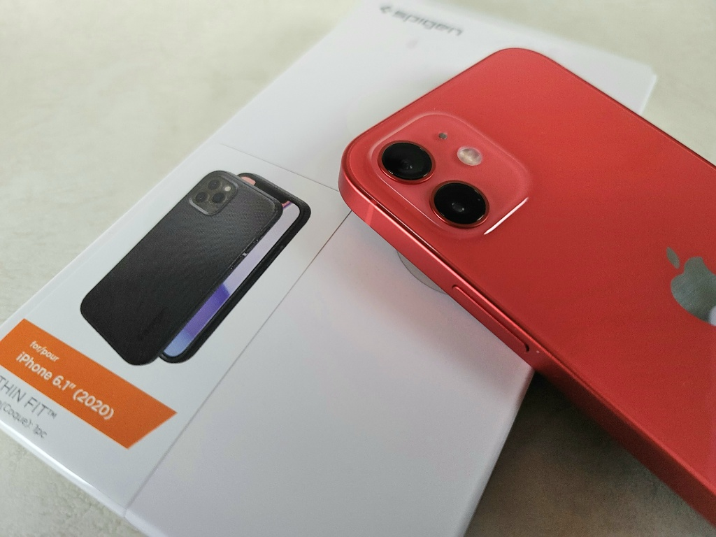 シン・フィットとiPhone12アイキャッチ