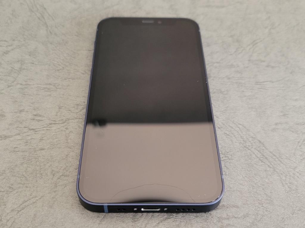 iPhone 12 mini本体前面