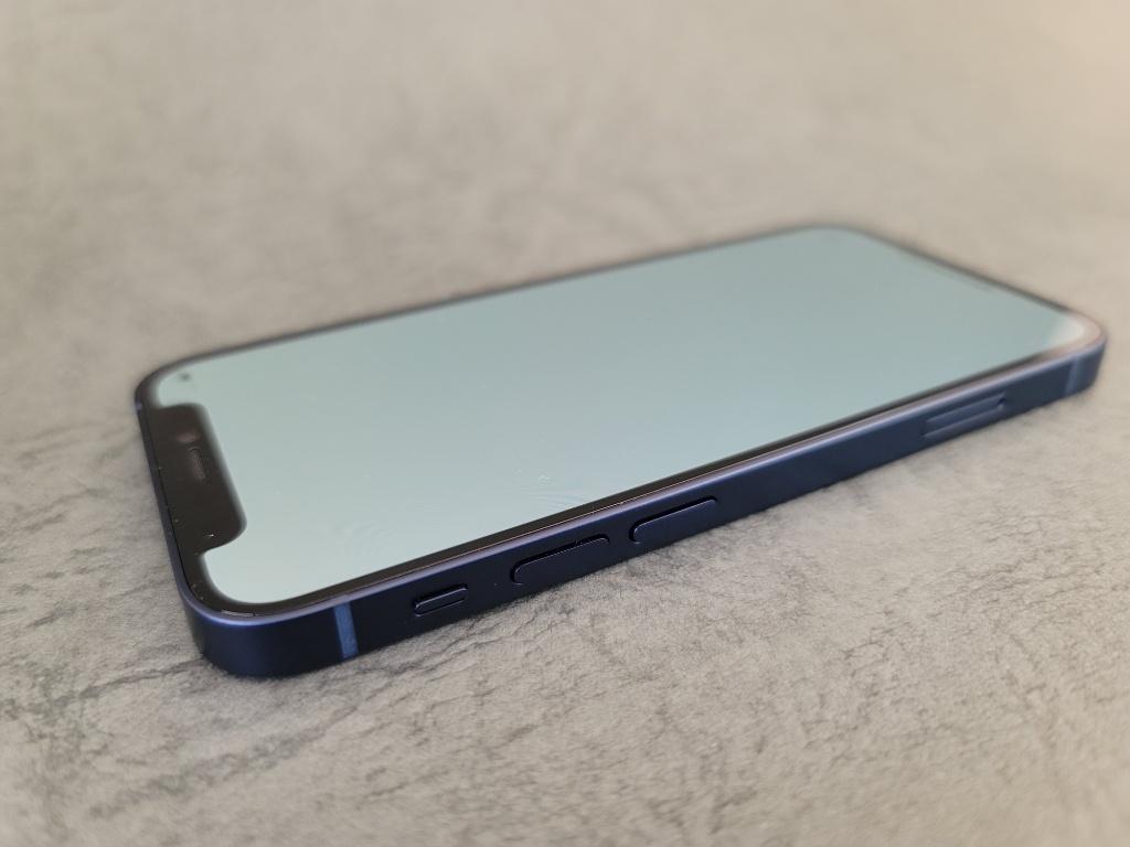 iPhone 12 mini音量ボタン