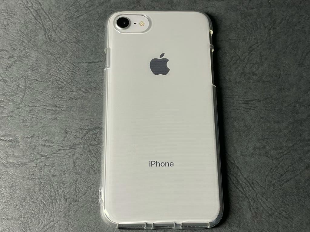 セリアケースiPhone装着