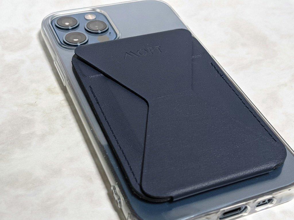 MOFTiPhone12Pro接続