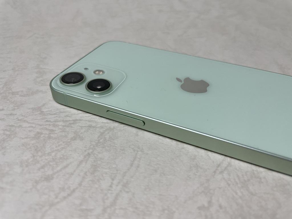 iPhone 12 Pro電源ボタン