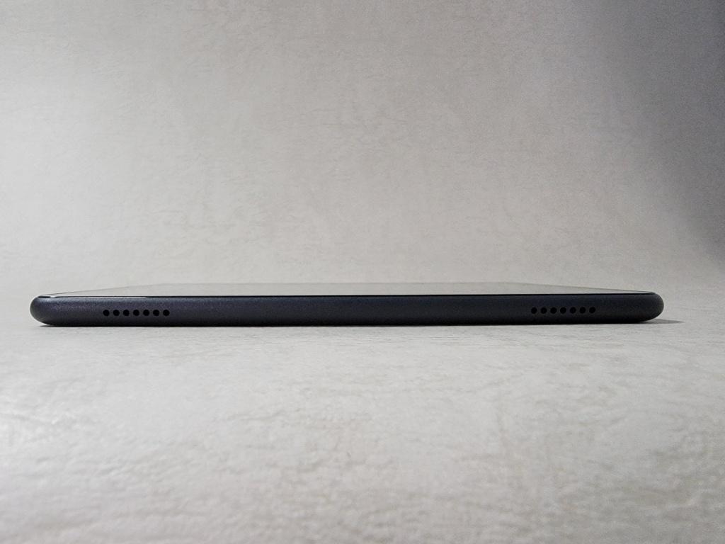 Fire HD 8 Plusスピーカー