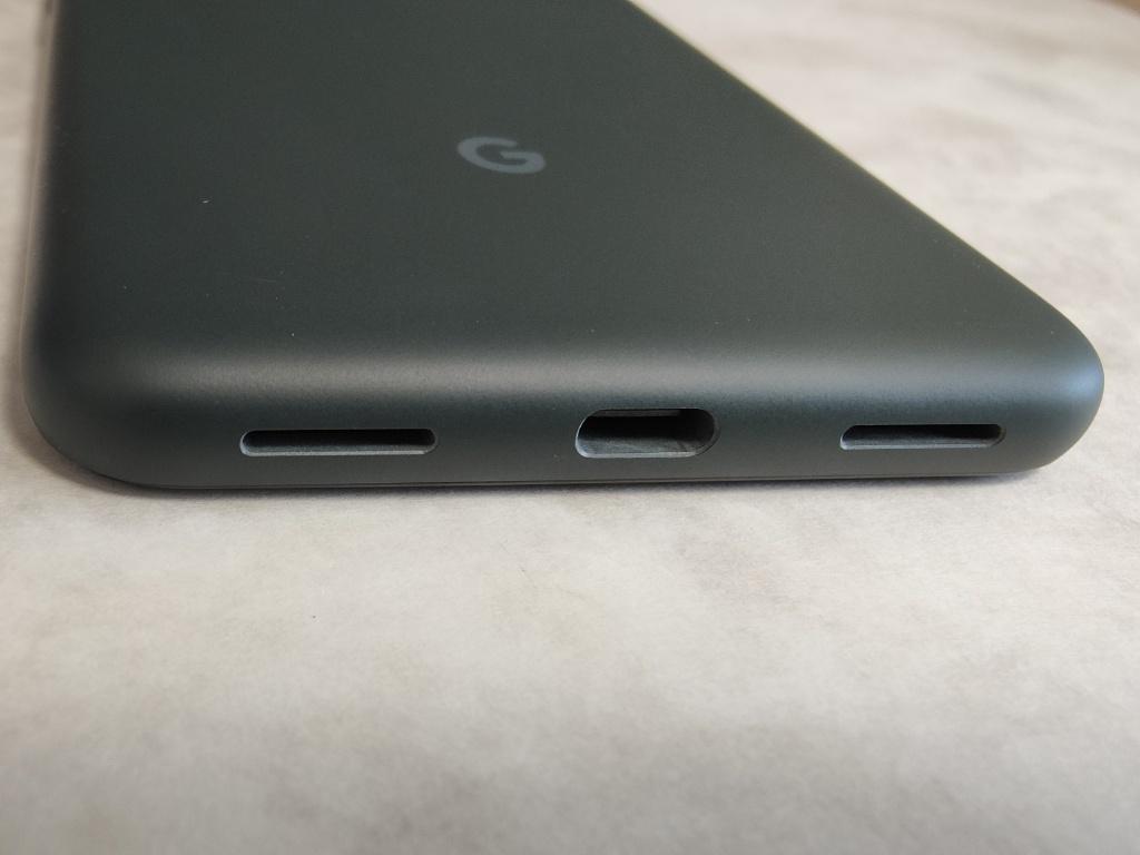 Pixel 5a充電端子