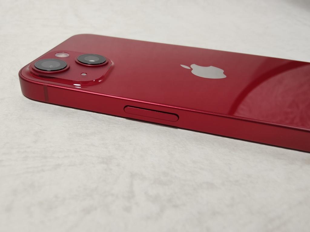 iPhone 13側面ボタン